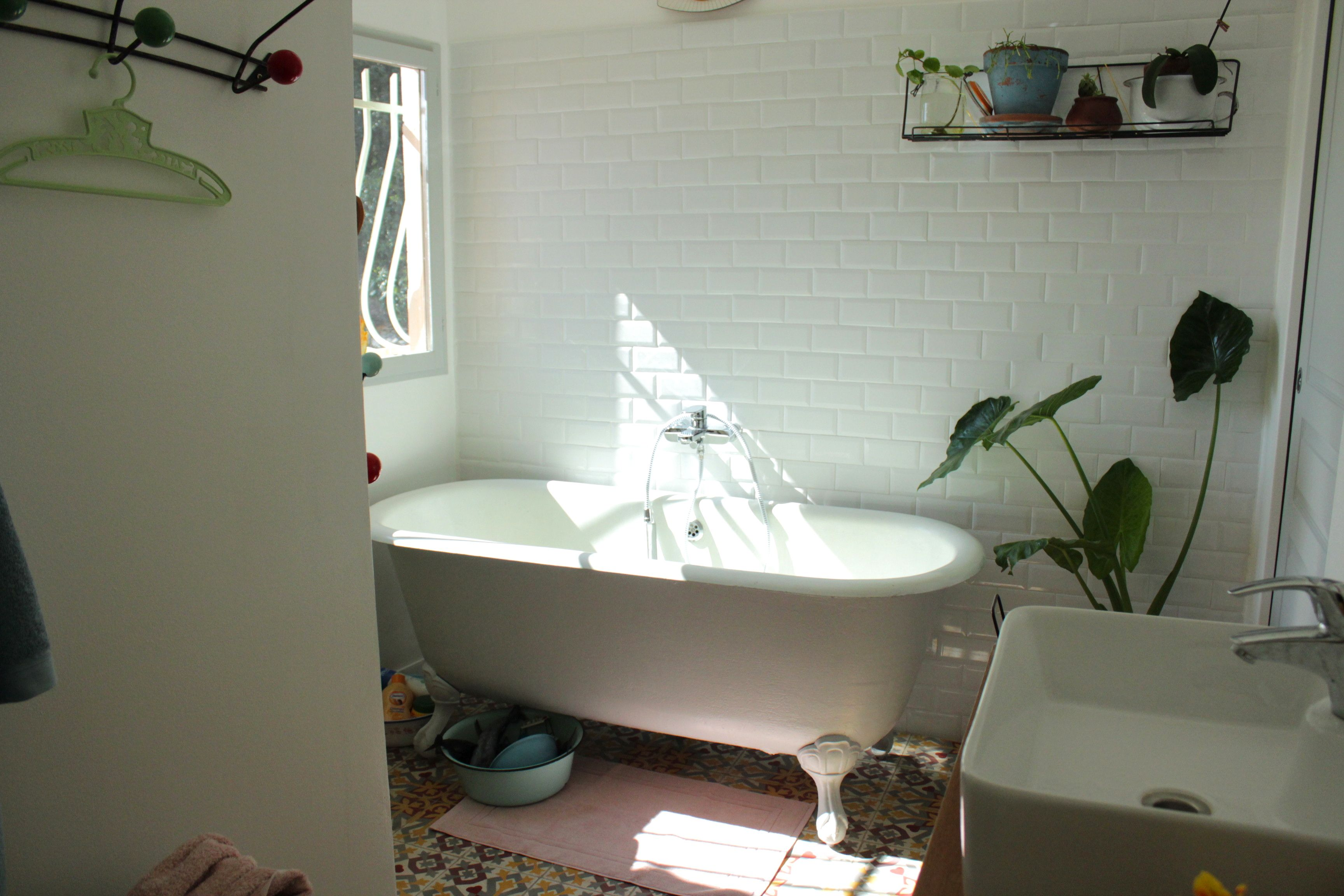 DÉco: la salle de bain rÉtro jungle   ritalechat
