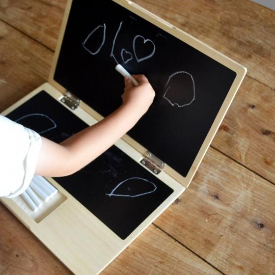 ordinateur-portable-en-bois